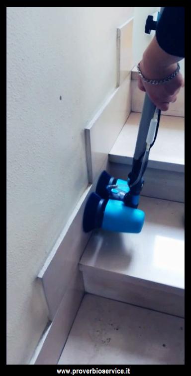 Contratto di pulizia condominiale for Tariffe pulizie domestiche